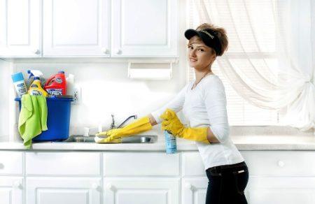 Какие чистящие средства нельзя смешивать между собой