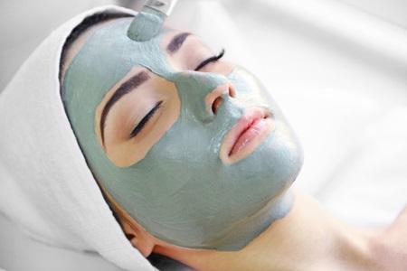 Маска из глины для жирной кожи лица